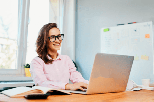 Cuidados com a visão ao montar seu home office