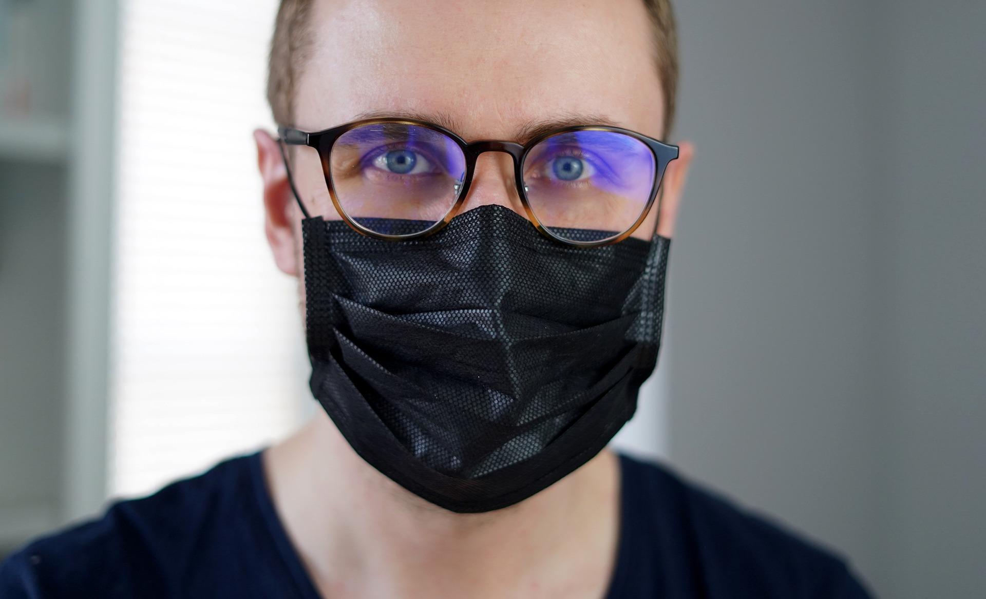 Alerta para o aumento dos problemas de visão durante a pandemia
